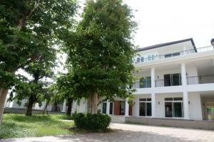 For SaleHousePattanakan, Srinakarin : Selling luxury new detached house, Phatthanakan Soi 44 🏦