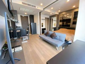 For RentCondoSiam Paragon ,Chulalongkorn,Samyan : For rent Ashton Chula - Silom, beautiful room, in the heart of the city, convenient to travel, ready to move in urgently 🍃