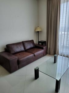 For RentCondoSathorn, Narathiwat : Condo for rent The Empire Place Type 1 bedroom 1 bathroom Size 65 sq.m. Floor 12 R