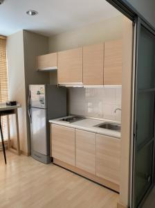 For RentCondoRatchadapisek, Huaikwang, Suttisan : Condo for rent Rhythm Ratchada Condominium Floor 12 AOL-F82-2106004050