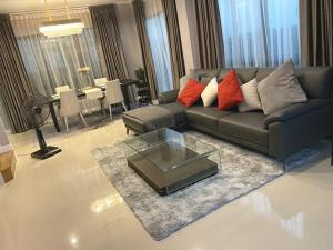 For SaleHouseLadprao101, The Mall Bang Kapi : House for sale Supalai Essence Ladprao 107, very new house, 217 sq.m.