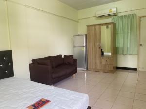 For RentCondoNakhon Pathom, Phutthamonthon, Salaya : Room for rent Eua Athon Phra Prathon 1