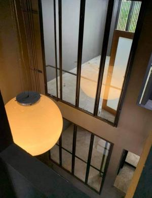 For RentHome OfficeRama9, RCA, Petchaburi : 公告:市中心寫字樓出租,有停車位,漂亮,loft風格裝修,價格優惠,代理Seerentsale在拉瑪9區寫字樓出租