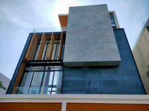 For SaleHouseKaset Nawamin,Ladplakao : Sale The Primari V Kaset-Nawamin 4 bedrooms.