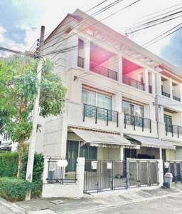 For RentTownhouseThaphra, Wutthakat : House for rent in Klang Muang Sathorn Urban Taksin.