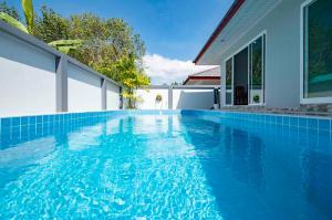 For SaleHouseKrabi : New, Spacious, Three-Bedroom Villas with Pool - Ao Nang, Krabi