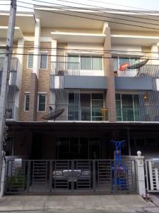For SaleTownhouseBang Sue, Wong Sawang : Town Plus X Prachacheun,Town Plus X Prachachuen,Town Home for Sale,House near Wat Bua Khwan, Town Plus Village X Townhome for sale, Town Plus X Prachacheun, near Bua Khwan Temple.