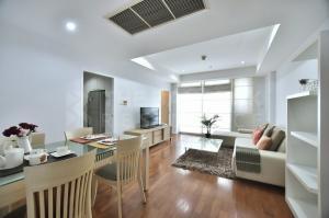 For SaleCondoSukhumvit, Asoke, Thonglor : Large Room Best Deal! Condo for Sale Near BTS Phrom Phong - BTS Phrom Phong - Baan Siri 24 @7.95MB