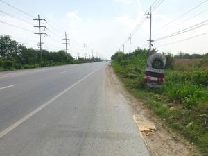 For SaleLandNakhon Pathom, Phutthamonthon, Salaya : Land next to Route 346, Bang Len, Kamphaeng Saen, 13 rai, trapezoidal plot. The land is wide, good location, near Kamphaeng Saen Agricultural University.