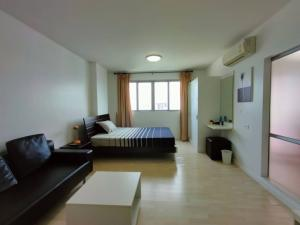 For RentCondoNawamin, Ramindra : Urgent rent 🏢 D Condo Ramintra 🏢 Good location, next to the expressway 🚙 Beautiful room, corner room with furniture set and electrical appliances, ready to live in 30 sq.m., only 6,500/month 🤑