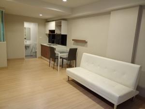 For RentCondoKorat KhaoYai Pak Chong : Rent Condo The Change Relax Condo, Mueang Nakhon Ratchasima, Duplex room, price 9,900 baht.