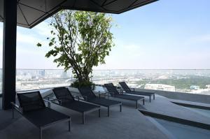 For SaleCondoSapankwai,Jatujak : New Room Hot Price! 25+ High Floor 45 sq.m. Fully furnished near BTS Saphan Khwai - Ideo Phaholyothin Chatuchak @6.98 MB