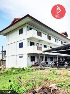 For SaleBusinesses for salePattaya, Bangsaen, Chonburi : Selling an apartment including rooms near Amata Nakorn Industrial Estate, Don Hua Lo, Chonburi