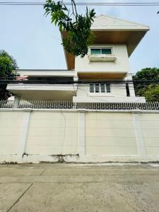 For SaleHouseBang Sue, Wong Sawang : House for sale 102 wa, big back, beautiful, good location, on Prachachuen Road, near Ratchada Road.