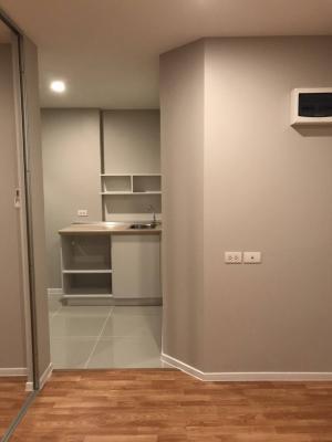 For SaleCondoSamrong, Samut Prakan : Quick sale!! Lumpini Ville Sukhumvit 76 Bearing Phase 1 Floor 5 Building A 23.5 sq.m. corner room ready to move in