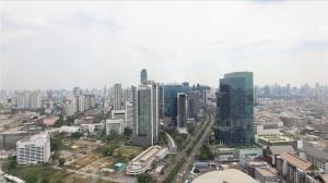 For RentOfficeRatchadapisek, Huaikwang, Suttisan : Office space for rent RS Tower Ratchadapisak MRT Station Thailand Cultural Center