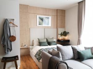 For SaleCondoSukhumvit, Asoke, Thonglor : Condo for sale Park 24  fully furnished.