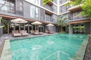 For RentCondoWitthayu,Ploenchit  ,Langsuan : Luxury two-bedroom apartment in Chidlom , Langsuan for RENT ฿55,000