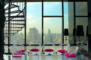 For SaleCondoSilom, Saladaeng, Bangrak : Pet Friendly Luxury Condo for Sale! Near BTS Chong Nonsi - M Silom @11.4MB