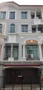 For RentTownhouseLadprao 48, Chokchai 4, Ladprao 71 : ( 1) BK87 4-storey townhome for rent, Baan Klang Muang project. Rama 9-Ladprao Near the expressway, Soi Ladprao 84
