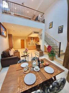 For RentCondoSukhumvit, Asoke, Thonglor : For rent >> The Emporio Place, 1 Bedroom / 2 Bathroom / Duplex.