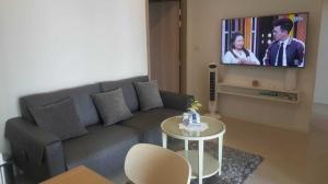 เช่าคอนโดวิทยุ ชิดลม หลังสวน : 🔥 ราคาดีมาก ตกแต่งสวย พร้อมเข้าอยู่ ทำเลดี ใกล้ BTS เพลินจิต พร้อมจบทุกดิว Noble Ploenchit 2ห้องนอน 1ห้องน้ำ นัดชมได้ 24 ชั่วโมง Tel.088-111-3060
