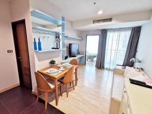 For RentCondoSukhumvit, Asoke, Thonglor : Condo for rent, Fifty Nine Heritage Sukhumvit, size 37 sqm., 15th floor.