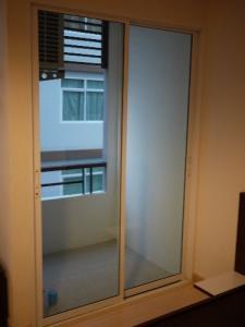 For RentCondoYothinpattana,CDC : Room for rent at JW Boulevard 30 sq.m. 30 sq. m. studio for rent