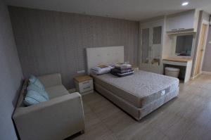 ขายคอนโดเชียงใหม่ : ขายคอนโดเชียงใหม่ ชญยล บูเลอวาร์ด ห้องสตูดิโอ พื้นที่ใช้สอย 29.99ตรม. ห้องตกแต่งพร้อมอยู่ ราคา 1,250,000 บาท