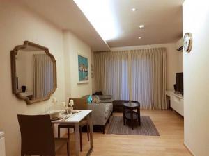 For RentCondoSukhumvit, Asoke, Thonglor : 3554-A😊 For RENT 1 bedroom for rent 🚄 near BTS Phrom Phong H Sukhumvit 43 H Sukhumvit 43 🔔 Area: 47.00 sq.m. 💲 Rent: 30,000฿📞O88-7984117,O65-9423251✅LineID: @sureresidence