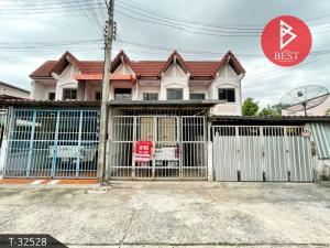For SaleTownhouseKorat KhaoYai Pak Chong : Townhouse for sale in Saeng Arun, Bua Yai, Nakhon Ratchasima.