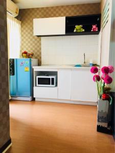 For RentCondoRattanathibet, Sanambinna : *Super special * 4,500 baht * 2 air conditioners * For rent Lumpini Condo Town Rattanathibet
