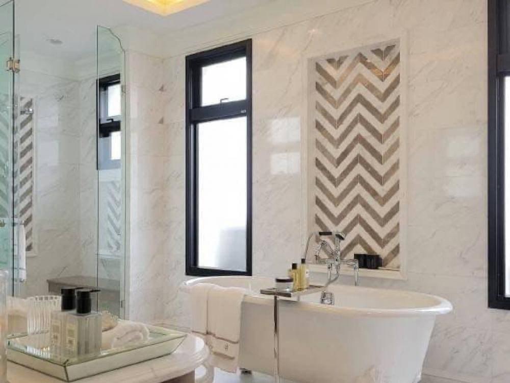 """ขายบ้านพัฒนาการ ศรีนครินทร์ : Selling : Super Luxury House """"Baan Sansiri Pattanakarn"""" with Full Furniture  4 Bed 5 Bath , 8 Car Park , 194 sqw , 548 sqm   ขายคฤหาสน์หรู """"บ้านแสนสิริ พัฒนาการ""""  4 ห้องนอน 5 ห้องน้ำ , 8 ที่จอดรถ , 194 ตรว. , 548 ตรม."""