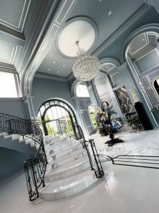 """ขายบ้านพัฒนาการ ศรีนครินทร์ : Selling : Super Luxury House """"Baan Sansiri Pattanakarn"""" 5 Bed 6 Bath 2 Maid Room , 8 Car Park , 516 sqw , 668 sqm   ขายคฤหาสน์หรู """"บ้านแสนสิริ พัฒนาการ""""  หลังใหญ่สุดในโครงการ บ้านเลขที่มังกร """"789""""   5 ห้องนอน 6 ห้องน้ำ 2"""