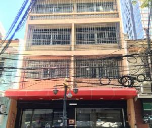 For RentShophouseSathorn, Narathiwat : 5 storey commercial building for rent, 2 booths on Silom Road, very good location, near BTS Surasak, suitable for offices, restaurants, other commercial