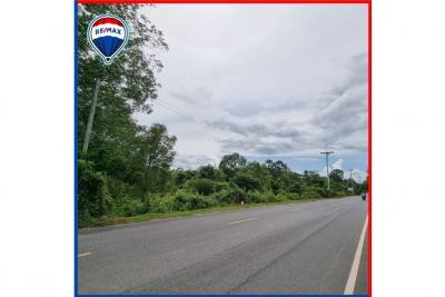 ขายที่ดินนครศรีธรรมราช : ขาย! ที่ดินขนาด 7 ไร่ ห่างจากถนนใหญ่เพียง 700 เมตร