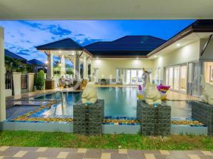 ขายบ้านพัทยา บางแสน ชลบุรี : ขายบ้านพูลวิลล่า ราคาถูก