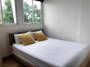 เช่าคอนโดพัฒนาการ ศรีนครินทร์ : 📍LINE ID: @twproperty 🌟ให้เช่า Bliz Condominium Rama 9 - Hua Mak 🌟 เฟอร์นิเจอร์ครบ ราคาถูกสุด!!!!