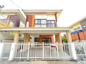 For RentHouseBangna, Lasalle, Bearing : Twin house for rent, single house style 💢 M.B. The Enter, Soi Kanchanaphisek 39, near Mega Bangna near Any Thani Industrial Estate, near the expressway
