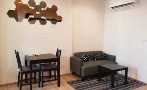 For RentCondoRama9, RCA, Petchaburi : Condo for rent The Base Garden Rama 9 *near Airport Link Ramkhamhaeng