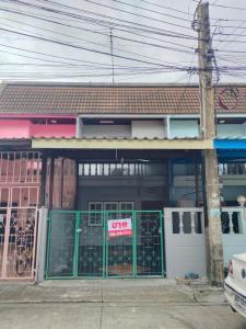 For SaleTownhouseSamrong, Samut Prakan : 2 storey townhouse for sale Rom Pho Village Thepharak Intersection