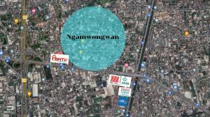 For SaleLandChaengwatana, Muangthong : Land for sale, beautiful plot, Ngamwongwan Road, Soi 27, width over 80 meters.