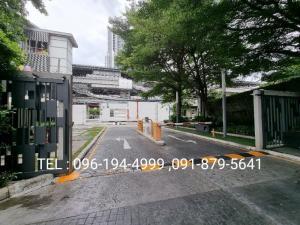 เช่าคอนโดวงเวียนใหญ่ เจริญนคร : (good deal can negotiate ) FOR RENT  HIVE 41 sqm. 10th floor BTS  Krungthonburi fully furnish with electric applicant for see contact 096-194-4999 LINE: asa_v