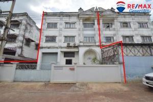 For SaleFactoryMahachai Samut Sakhon : # Factory for sale, warehouse office, Petchkasem Road, Soi Petchkasem 95, Om Noi, Krathum Baen, Samut Sakhon, Land and Factory House Project
