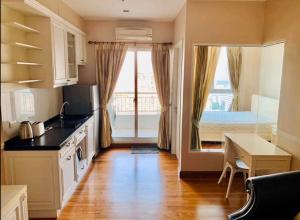 """เช่าคอนโดสาทร นราธิวาส : 🚨 IVY SATHORN 10  🚨 """"Hot deal !!! """" 1 bed 1 bath 40  sq.m. Floor 28  : Price 18K. #PW13"""