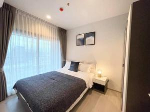 For RentCondoRama9, RCA, Petchaburi : 🎉 Beautiful room for rent, Life Asoke Rama9, high floor, size 35 sq m. 1 bedroom plus, fully furnished.