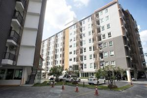 For RentCondoOnnut, Udomsuk : Regent Home 22 Sukhumvit 85 Ready to move in 31 sqm Line ID : @likebkk (with @ too)