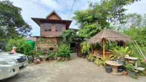 For SaleHouseChiang Mai : House for sale, Lanna Thani Village, Soi 6, Chiang Mai Province.