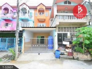 For SaleTownhouseSamrong, Samut Prakan : 3-storey townhome for sale, Nilub Ville, Bang Phli, Samut Prakan.