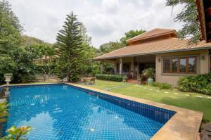 For SaleHouseHua Hin, Prachuap Khiri Khan, Pran Buri : Pool Villa for Sale at Hua Hin Soi 116 SH11699